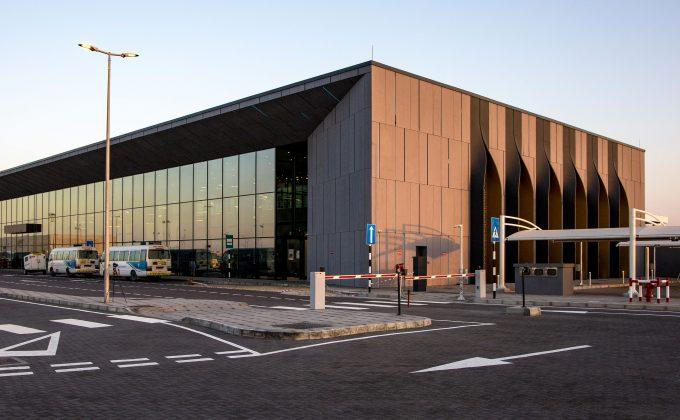 Nuovo Oman Air Crew Reporting Building <br>presso l'aeroporto internazionale di Muscat